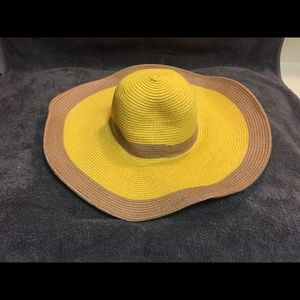Great condition charming Charlie Sun hat